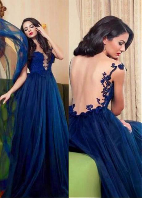 Delicate Tulle Bateau Neckline Floor-length A-line Evening Dress With Lace Appliques