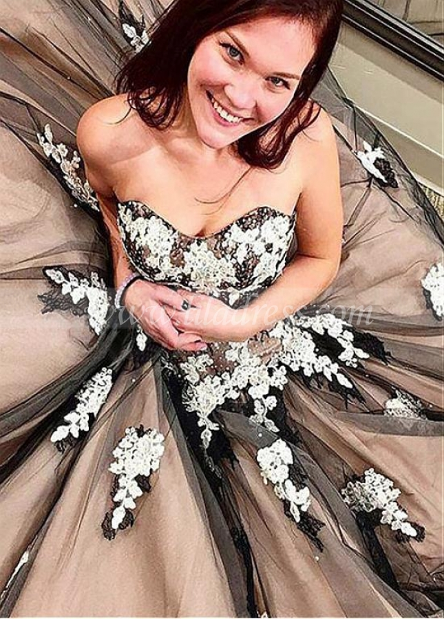 Junoesque Tulle Sweetheart Neckline Ball Gown Evening Dress With Beaded Lace Appliques