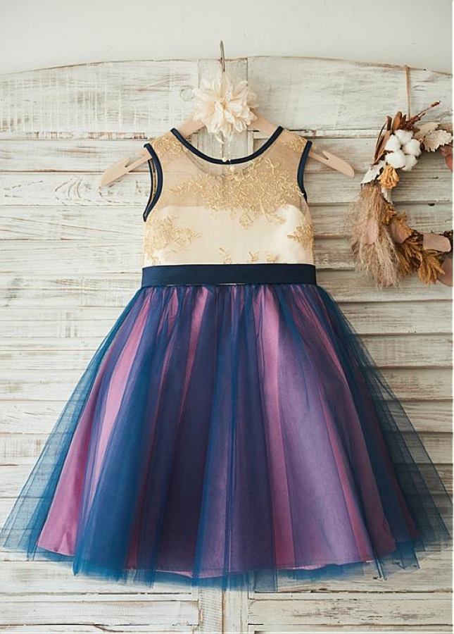 Delicate Lace & Tulle Scoop Neckline Knee-length Ball Gown Flower Girl Dresses