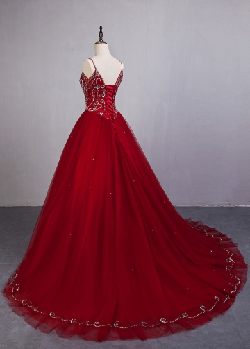 Fascinating Tulle Spaghetti Straps Neckline Ball Gown Quinceanera Dresses With Beadings
