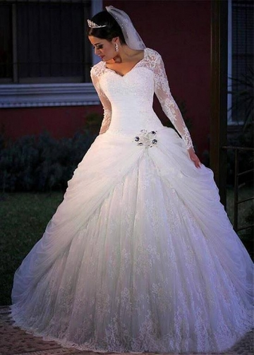 Marvelous Tulle & Lace V-neck Neckline Ball Gown Wedding Dress With Lace Appliques & Beadings