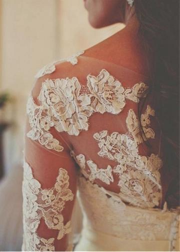 Wonderful Tulle Bateau Neckline Mermaid Wedding Dress With Lace Appliques & Belt