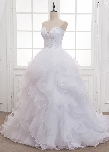 Marvelous Organza Sweetheart Neckline Ball Gown Wedding Dress With Beaded Lace Appliques & Ruffles