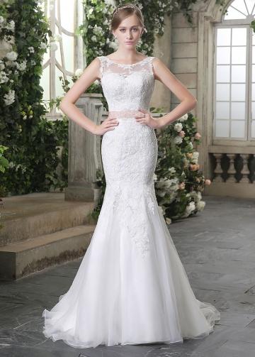Elegant Tulle Bateau Neckline Lace Appliques Mermaid Wedding Dresses