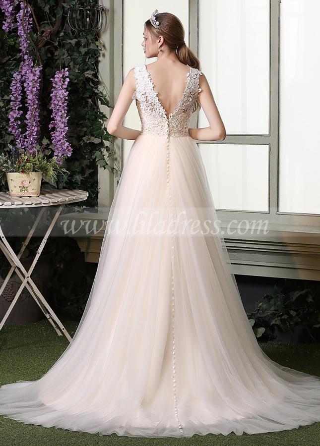 Chic Lace & Tulle V-neck Neckline A-line Wedding Dresses