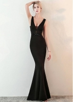 Unique Black V-neck Neckline Floor-length Mermaid Formal Dress