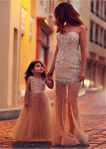 Exquisite Tulle V-neck Neckline A-line Flower Girl Dress With Beadings