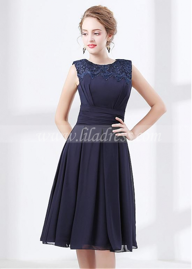 Newest Chiffon Dark Navy Knee-length A-line Homecoming / Bridesmaid Dress With Lace Appliques