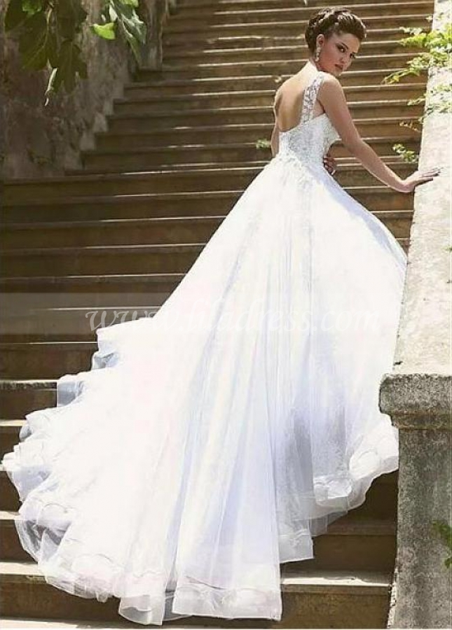 Glamorous Tulle Sweetheart Neckline A-line Wedding Dresses With Lace Appliques & Beadings