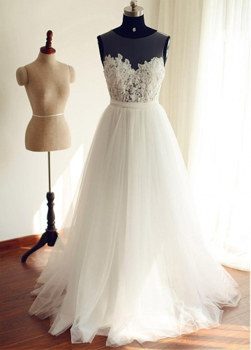 Exquisite Tulle Scoop Neckline A-line Wedding Dresses With Lace Appliques & Belt
