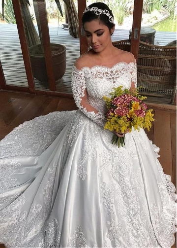 Winsome Tulle & Satin Off-the-shoulder Neckline Ball Gown Wedding Dresses With Beaded Lace Appliques