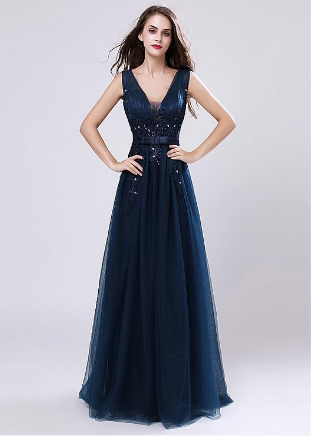 Charming Tulle V-neck Neckline A-line Evening Dress With Belt