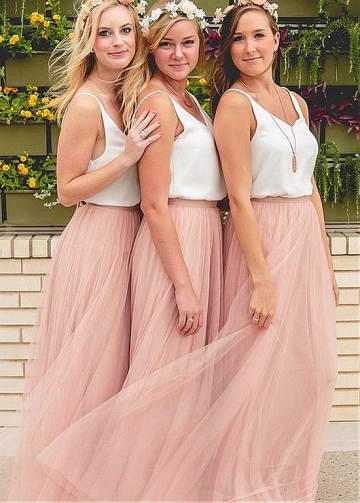Beautiful Tulle V-neck Neckline A-line Bridesmaid Dresses