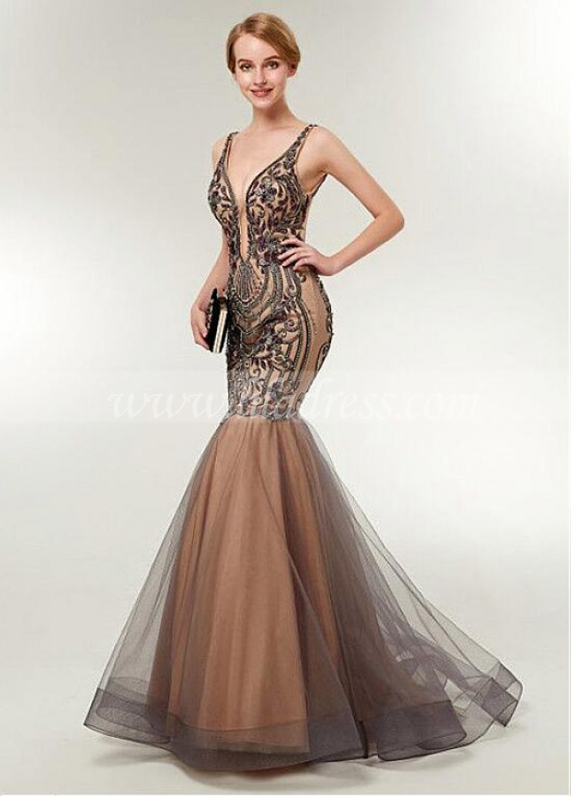Gorgeous Tulle Spaghetti Straps Neckline Backless Mermaid Evening Dress With Beaded Embroidery