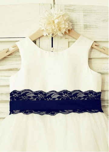 Excellent Satin & Lace Scoop Neckline A-line Flower Girl Dresses