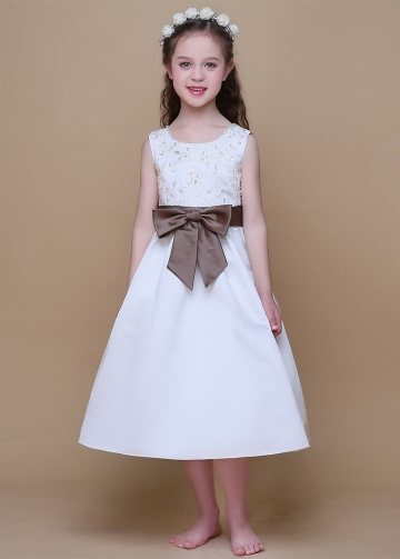 Classic Satin Scoop Neckline Ball Gown Flower Girl Dresses With Bowknot