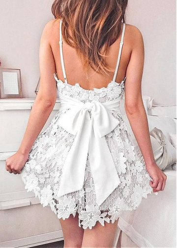 Alluring Lace & Satin Spaghetti Straps Neckline Short A-line Homecoming Dresses With Bowknot