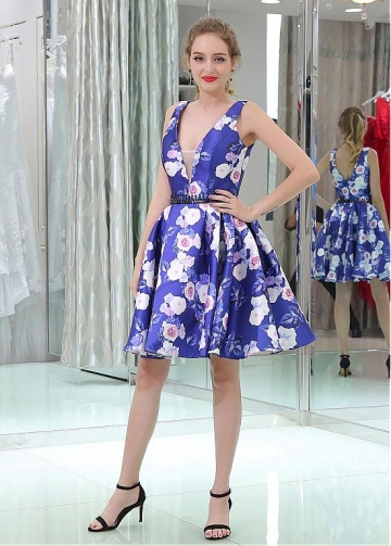 Popular V-neck Neckline Short Length A-line Print Homecoming Dresses