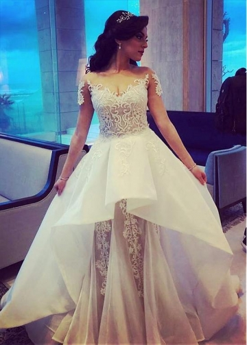 Modern Tulle & Organza Jewel Neckline A-line Wedding Dresses With Lace Appliques