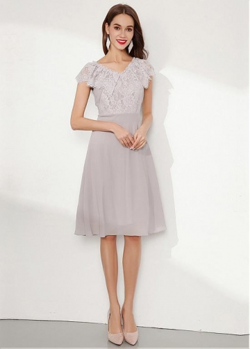 Charming Chiffon & Lace V-neck Neckline Knee-length A-line Homecoming Dress