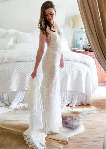 Modest Tulle V-neck Neckline Mermaid Wedding Dress With Lace Appliques
