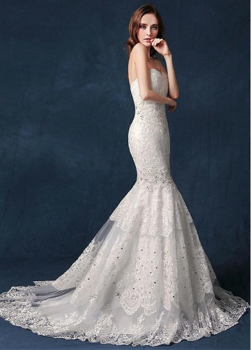 Fascinating Tulle Sweetheart Neckline Mermaid Wedding Dress With Lace Appliques & Beadings