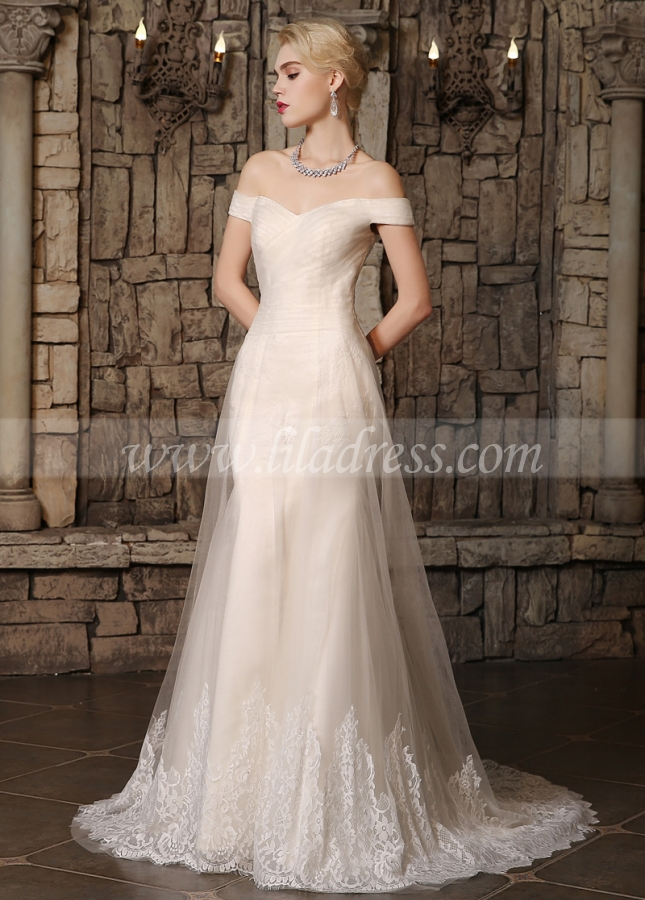 Elegant Tulle Off-the-Shoulder Neckline A-line Wedding Dresses with Lace Appliques