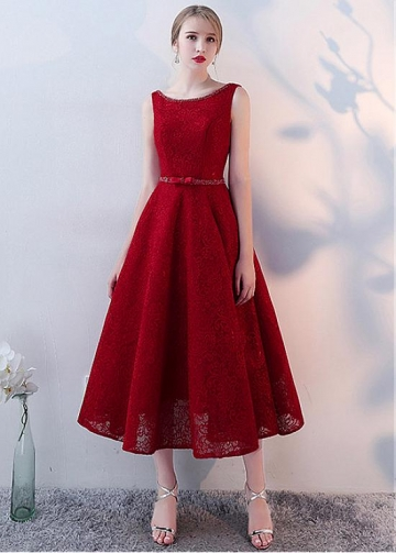Fashionable Lace Jewel Neckline Tea-length A-line Homecoming Dresses With Beadings