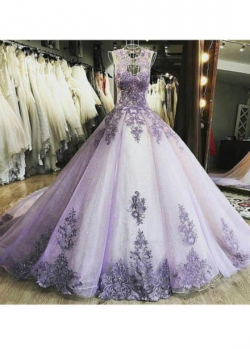 Fascinating Tulle Jewel Neckline Ball Gown Quinceanera Dresses With Beaded Lace Appliques