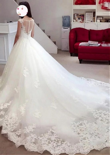 Eye-catching Tulle Bateau Neckline A-line Wedding Dress With Beadings & Lace Appliques