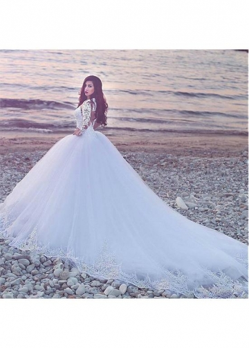Fascinating Tulle Jewel Neckline Ball Gown Wedding Dress With Lace Appliques
