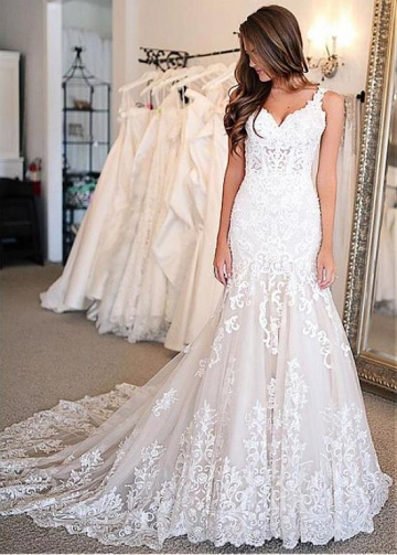 Chic Tulle V-neck Neckline Mermaid Wedding Dresses With Beaded Lace Appliques