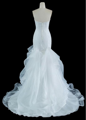 Exquisite Organza Sweetheart Neckline Mermaid Wedding Dresses With Beaded Lace Appliques & Ruffles