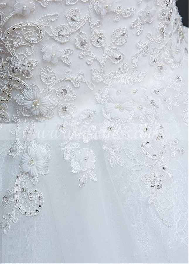Fascinating Tulle Scoop Neckline Ball Gown Wedding Dress With Beaded Lace Appliques