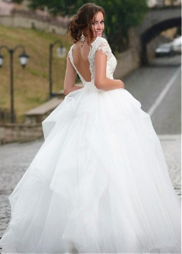 Stunning Tulle & Satin V-Neck Ball Gown Wedding Dresses With Beaded Lace Appliques