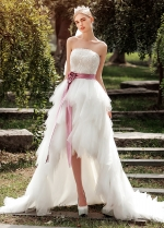 Chic Tulle Strapless Neckline Ruffled Hi-lo A-line Wedding Dresses