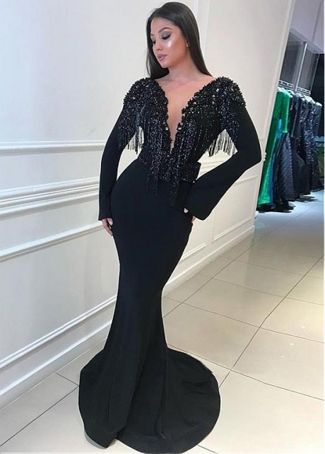 Beautiful Black Bateau Neckline Mermaid Evening Dresses With Beadings