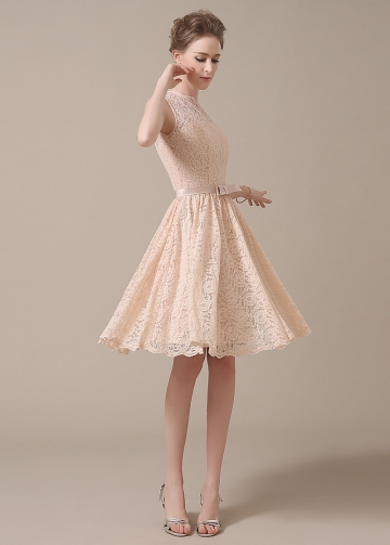 Chic Lace Jewel Neckline Knee-length A-line Bridesmaid Dresses