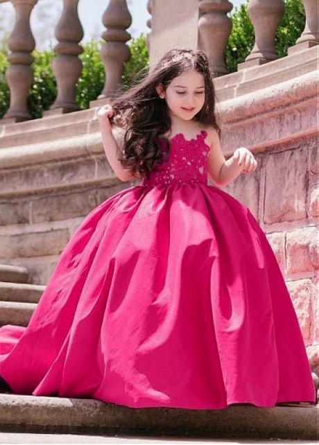 Sweet Jewel Neckline Ball Gown Flower Girl Dress With Beaded Lace Appliques