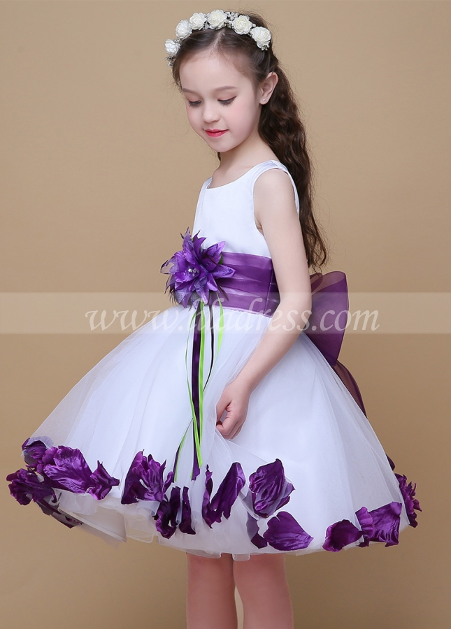 Chic Organza & Satin Scoop Neckline Ball Gown Flower Girl Dresses With Hanmade Flowers