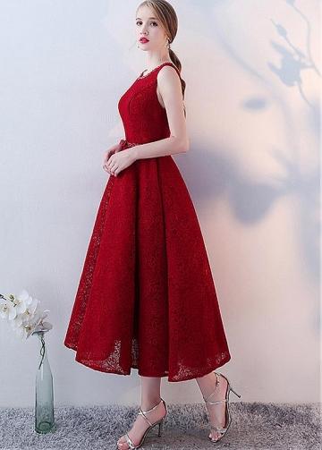 Fashionable Lace Jewel Neckline Tea-length A-line Homecoming Dresses With Beadings