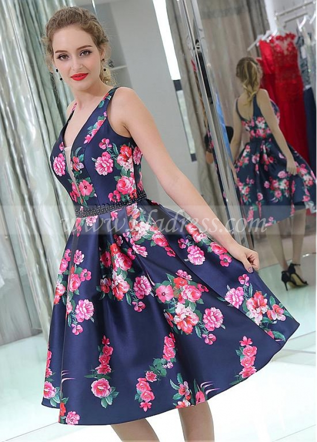 Gorgeous V-neck Neckline Knee-length A-line Print Homecoming Dresses With Beadings