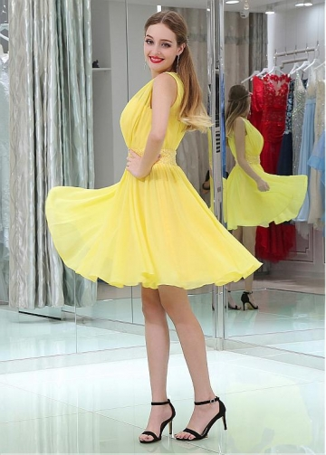 Yellow Chic Chiffon Jewel Belt Short Length A-line Homecoming / Bridesmaid Dresses