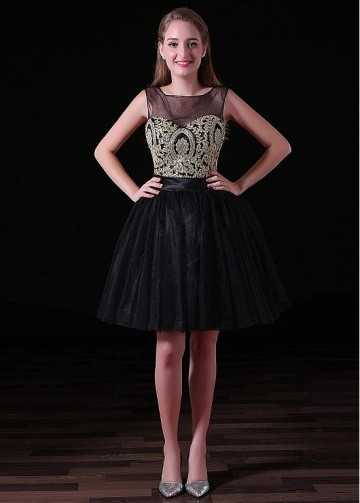 Black Pretty Tulle Bateau Neckline Cut-out Short Length A-line Homecoming Dresses With Lace Appliques