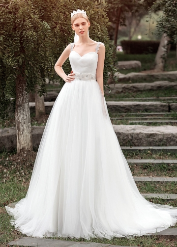 Elegant Tulle Sweetheart Neckline A-line Wedding Dresses
