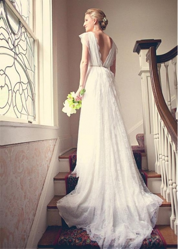 Fabulous Lace V-neck Neckline A-line Wedding Dresses With Beadings