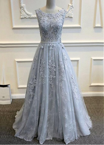 Glamorous Tulle Bateau Neckline A-Line Wedding Dresses With Lace Applqiues