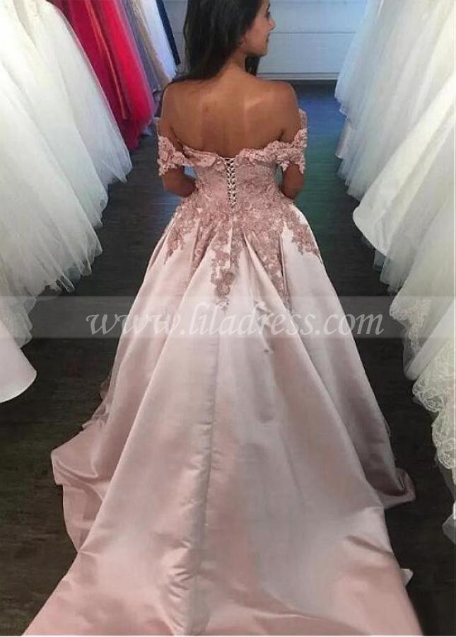 Fantastic Satin Off-the-shoulder Neckline A-line Prom Dress With Lace Appliques