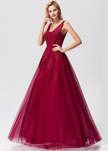 Fascinating Tulle V-neck Neckline A-line Evening Dresses With Lace Appliques & Beadings