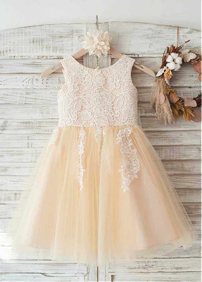 Marvelous Lace & Tulle Scoop Neckline Knee-length A-line Flower Girl Dresses With Bowknot